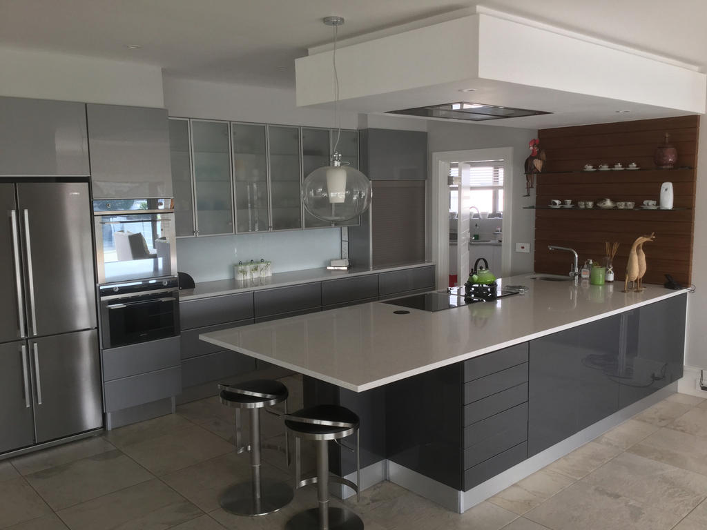 Kitchen cupboards kitchen renovations port elizabeth - Kitchen built in cupboards designs ...