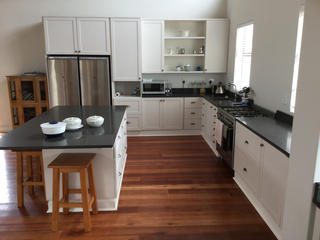 Kitchen-cupboards-design-port-elizabeth10