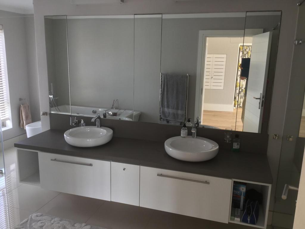 Bathroom Cupboards Design Port Elizabeth01